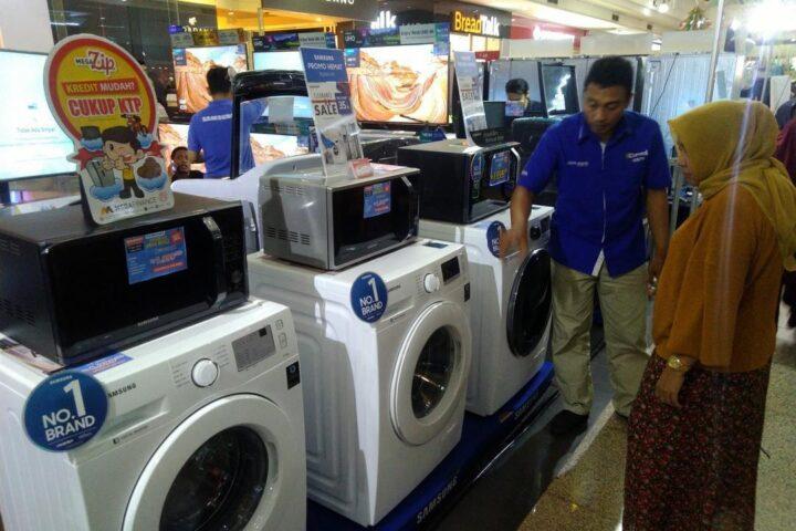 Akhir Tahun Penjualan Barang Elektronik Naik 60 Persen Radio Idola Semarang