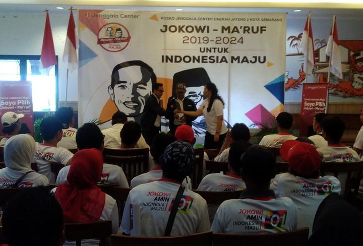 Relawan Bravo-5 Jokowi-Ma'ruf Intensif Dekati Masyarakat Pantura di Jateng  | Radio Idola Semarang
