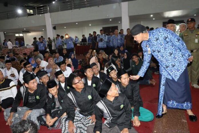 Ganjar Pranowo Menyapa