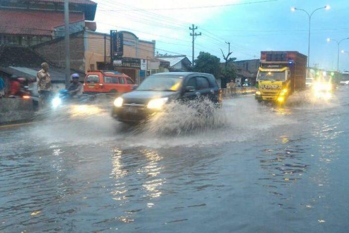 Banjir Genuk