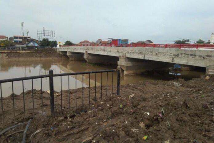 Jembatan Kaligawe di Sawah Besar