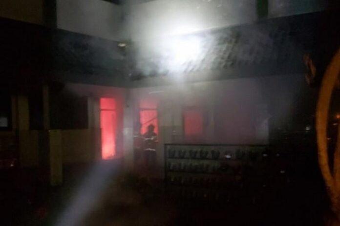 SD Negeri Pekunden Semarang terbakar