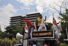 Unjuk rasa menolak RUU Omnibus Law