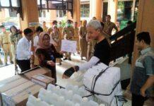 Bantuan Hand Sanitizer dari Phapros
