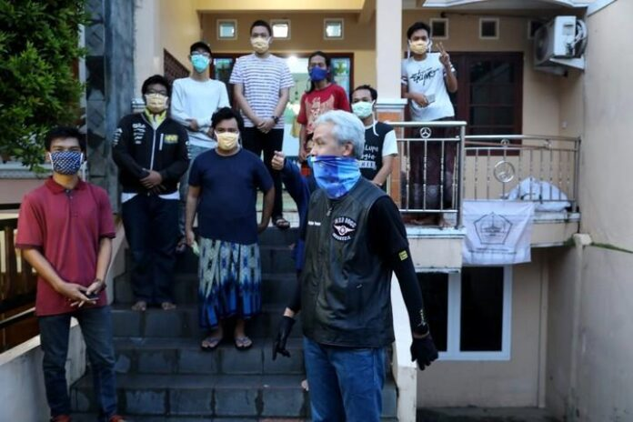Ganjar Pranowo kunjungi asrama mahasiswa