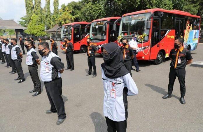 Pengelola bus Trans Jateng