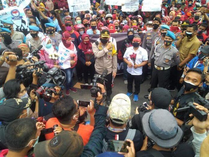 FKSPN Jateng Gelar Aksi Massa Tolak dan Cabut UU Cipta Kerja