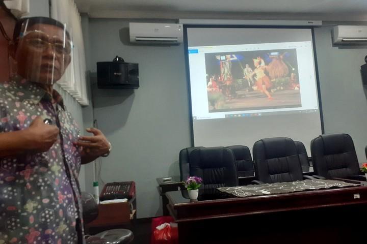 Prof. Dr. I Wayan Rai S