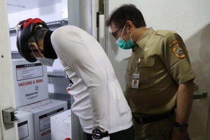 Vaksin Sinovac yang baru saja dikirim Biofarma