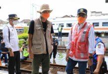 Menhub Budi Karya (kanan) didampingi Gubernur Ganjar Pranowo