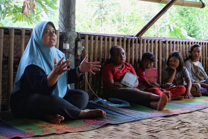 Diah Widuretno, Inisiator Sekolah Pagesangan Gunung Kidul
