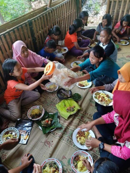 Kegiatan belajar Sekolah Pagesangan Gunung Kidul 3