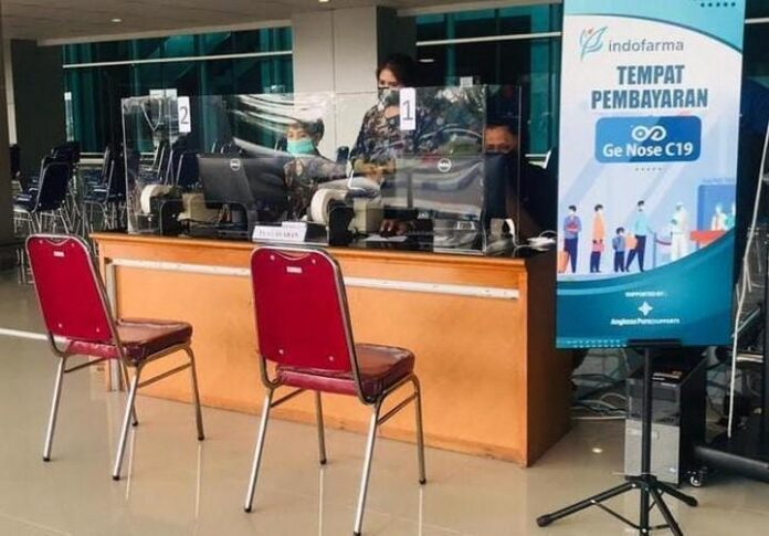 Meja layanan pemeriksaan GeNose