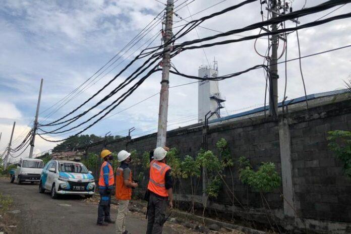 Jaringan listrik areal depo Samator