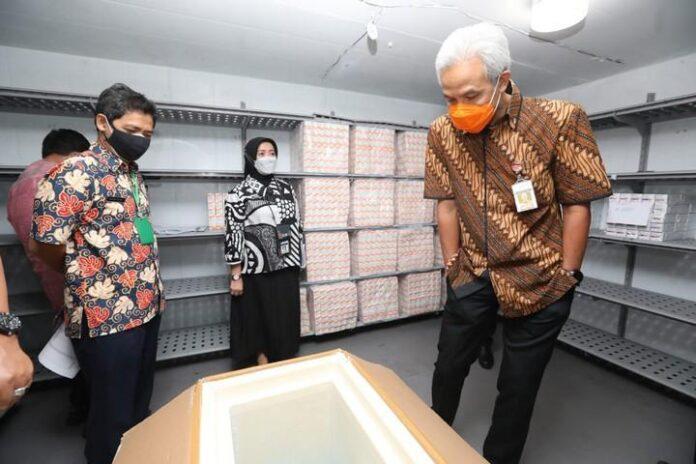 Stok vaksin di gudang Dinkes Jateng