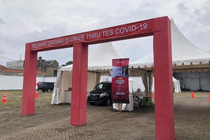 Tes COVID-19 drive thru