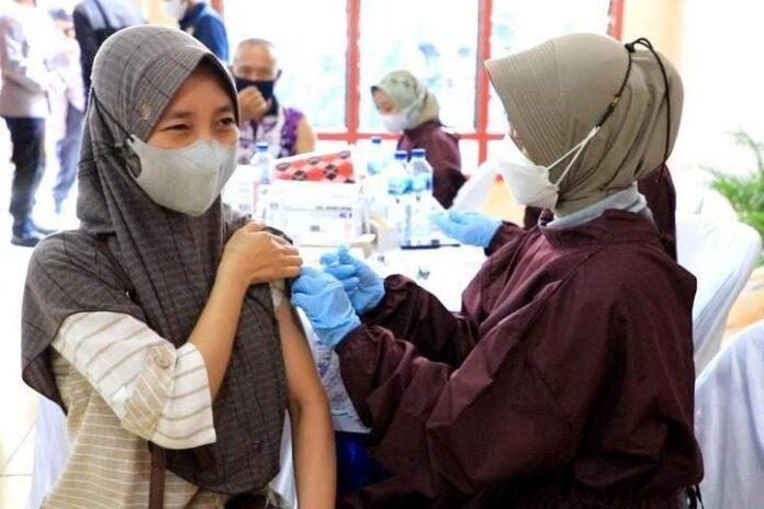 vaksinasi yang diadakan Polda Jateng