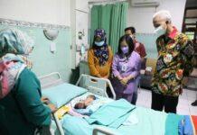 Bayi kembar siam di RSUD dr Moewardi Solo
