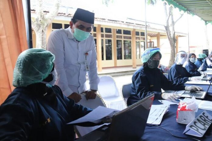 Vaksinasi di Ponpes Sirojul Mukhlasin