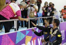 Pasangan atlet biliar peraih medali emas