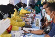 Tenaga kesehatan dari TNI