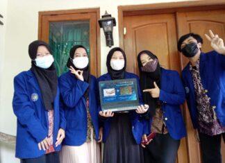 Tim mahasiswa Universitas Negeri Yogyakarta